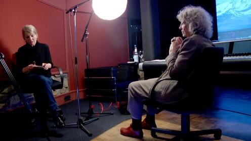 Melanie von Bismarck interviewt Ulrike Ottinger.
